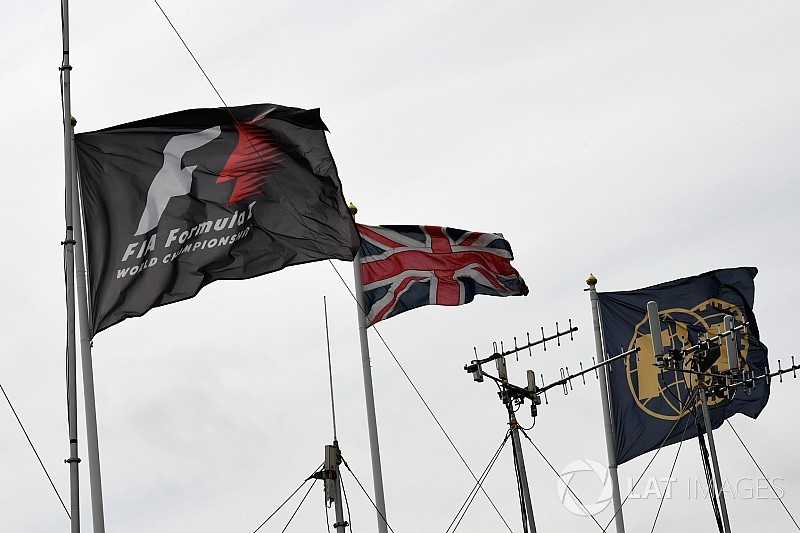 FIA, F1'in logosunu değiştirecek Liberty'e destek verdi