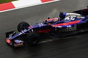 マレーシアGP:雨のFP1はフェルスタッペン首位。ガスリーは9番手