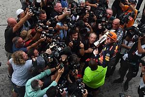 Формула 1 Избранное История фото: Макс в центре внимания