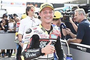 Misano Moto2: Aegerter wins chaotic wet race, 22 riders crash