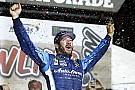 NASCAR Cup Truex Jr. vence prova acidentada no Kansas