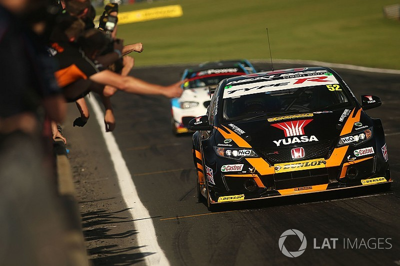 Snetterton BTCC: Shedden wins after late-race Jordan heartbreak