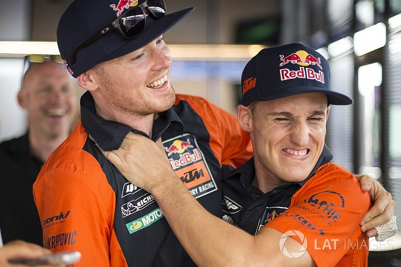 "Espargaro ""sad"" about looming end to Smith ""marriage"""