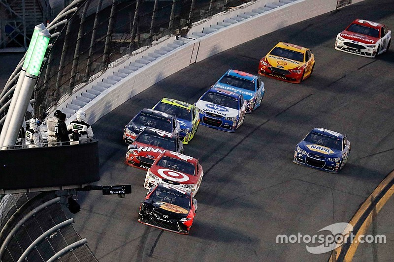 Larson, Truex and Elliott share the same fate in the Daytona 500