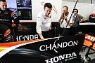 Formula 1 McLaren, Renault'ya geçişle kaybettiği iki haftayı telafi etti