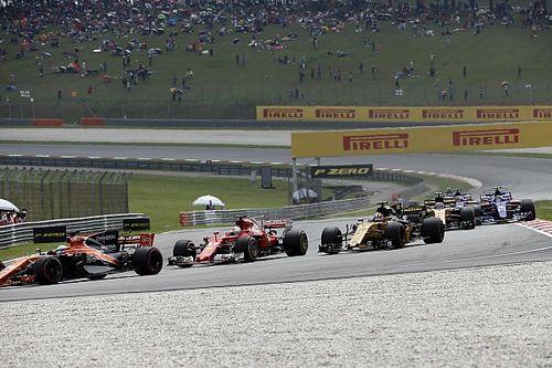 """Vettel, yarış bittikten sonra Stroll ile """"tuhaf"""" bir kazaya karıştı!"""