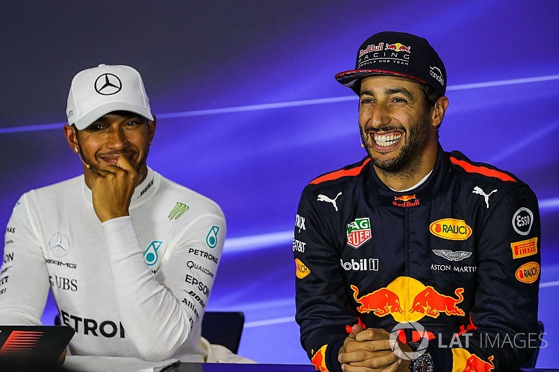 "Hamilton: Teaming up with Ricciardo would be a ""privilege"""