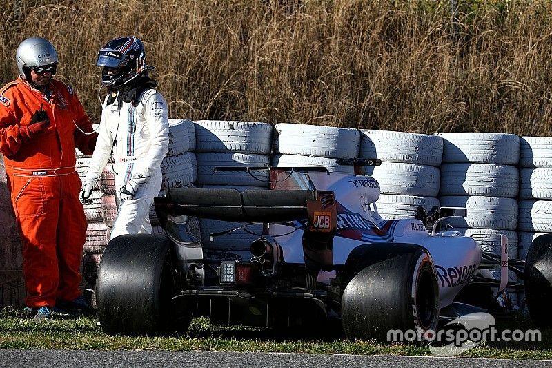 Williams desiste de último dia de teste na Espanha
