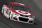 Larson manda en la segunda práctica en NASCAR y Suárez en 14°
