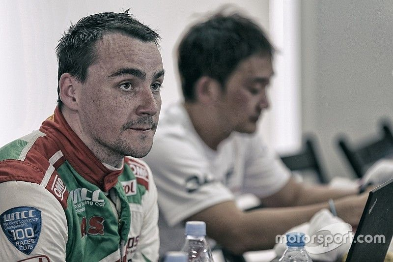 Michelisz déjà prêt à aider Monteiro au championnat