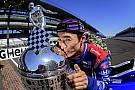 IndyCar Сато провез по Японии трофей за победу в Indy 500