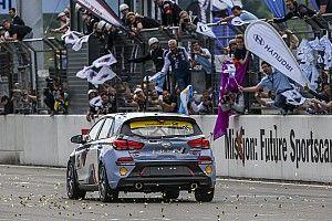 La Hyundai i30 N completa con successo i test alla 24h del Nürburgring