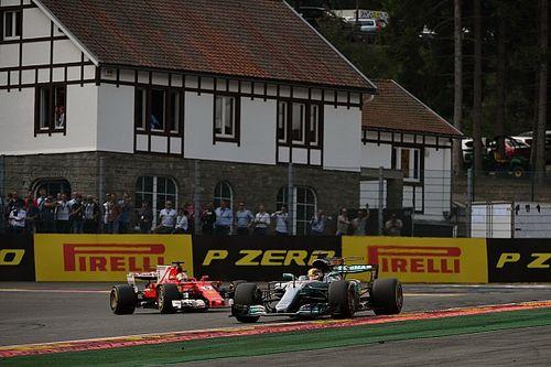 Brundle: Hamilton ve Vettel mükemmellikte yeni bir seviyeye ulaştı