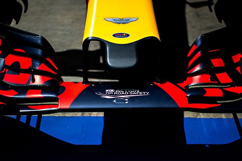 """Red Bull promises to reveal """"sexy"""" 2017 F1 car"""