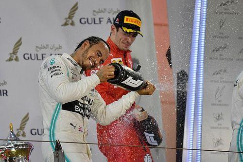 Így örült Hamilton a Bahreini Nagydíjon szerzett szerencsés győzelmének