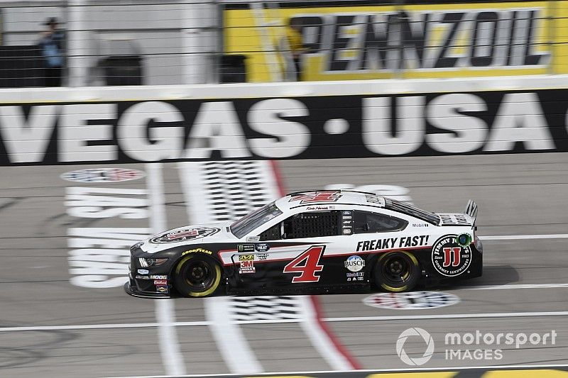 Kevin Harvick dominates first stage at Las Vegas
