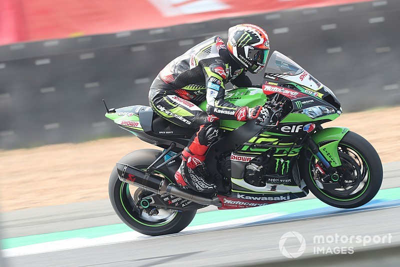 "Rea ""slowly getting used to"" not being WSBK's benchmark"