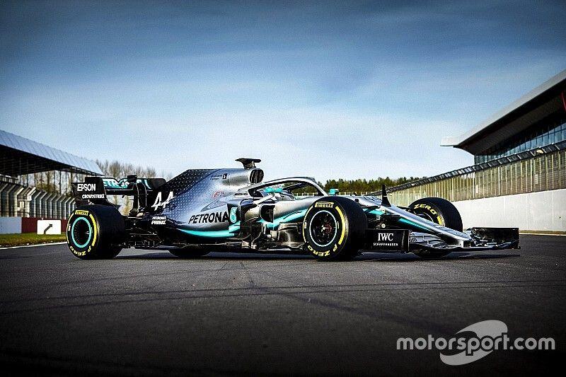 Briatore szerint ezzel a Mercedesszel legalább 5-6 versenyző nyerhetett volna, beleértve Alonsót