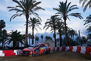 Neuville wint WRC-ronde Spanje, Evans houdt titelstrijd spannend