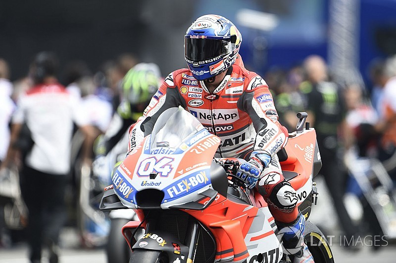 Austria MotoGP: Dovizioso tops FP1, problems for Rossi