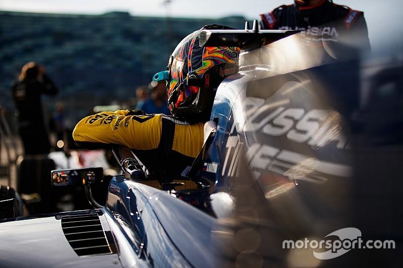 Невероятный обгон Леклера и прорыв Маркелова: лучшее гоночное видео уик-энда