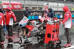 Le condizioni a Silverstone sono peggiorate: viene rinviata ancora la gara della MotoGP