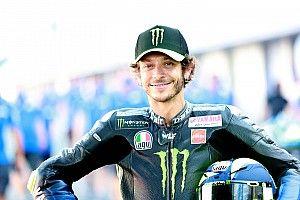 """Rossi: """"Sembrava un infortunio grave, invece Marc è qui"""""""