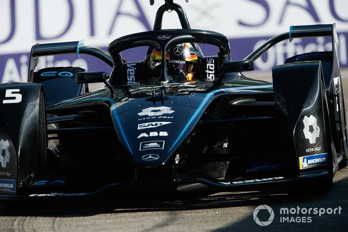 Berlin E-Prix: Vandoorne ilk galibiyetini aldı, Mercedes duble yaptı!