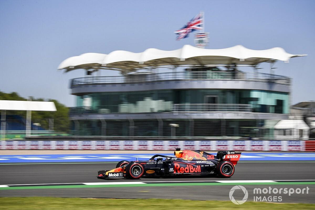 英国大奖赛FP1:维斯塔潘领跑时间榜,霍肯伯格回归列第九