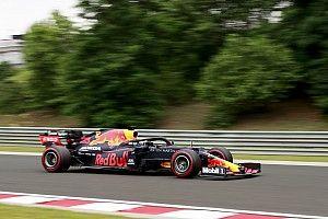 """Verstappen: """"Russell kendisine ve aracına odaklanmalı"""""""