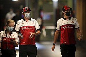 Räikkönen szerint a Ferrari ugyanabban a bánásmódban részesítheti Vettelt és Leclerc-t