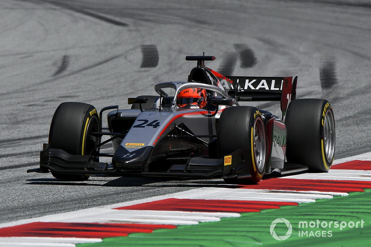 F2 Silverstone: Rus Mazepin pakt eerste overwinning