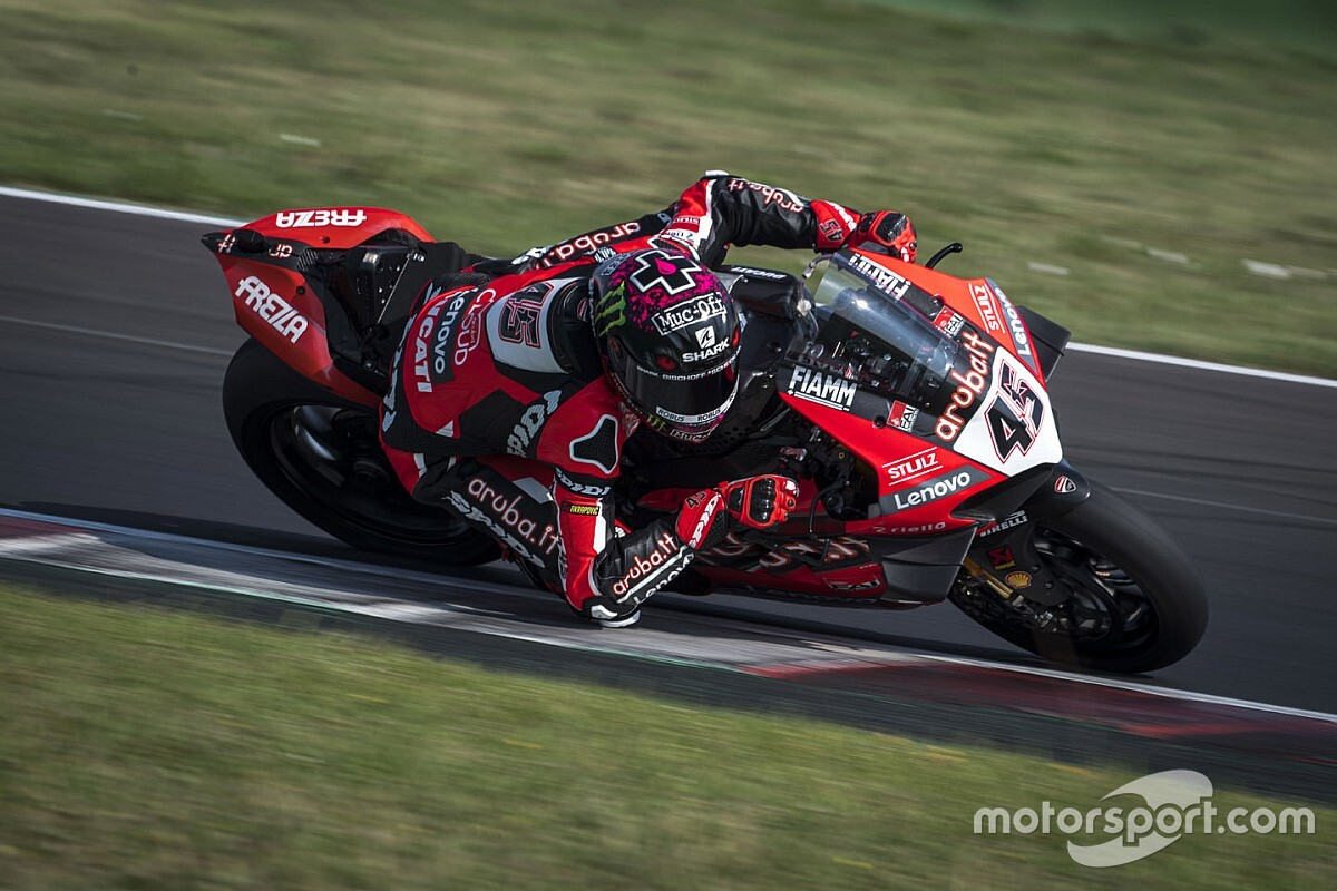SBK, Test Misano, Day 1: Redding e Ducati al top, caduta per Rea