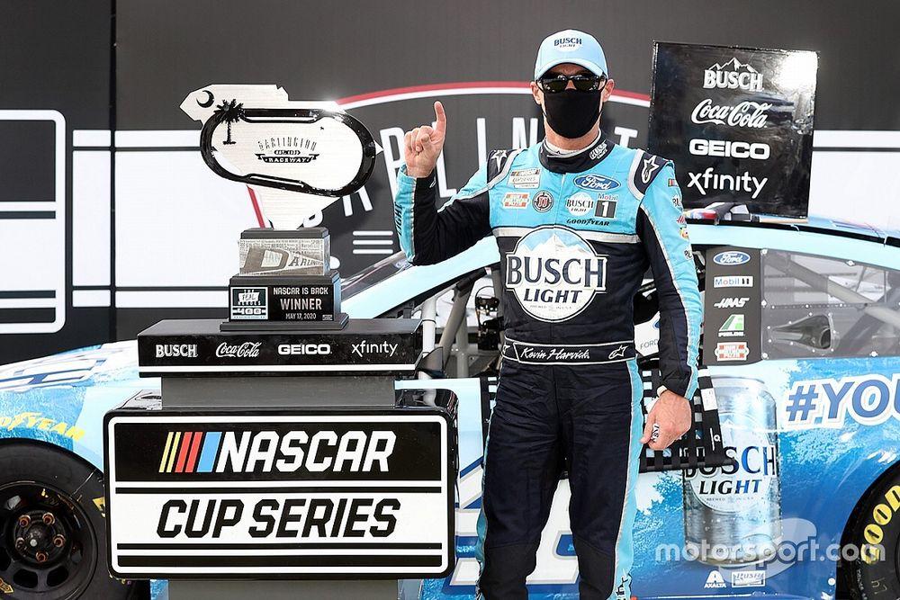 Harvick grabs 50th win in NASCAR's return at Darlington