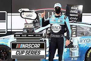 Фото: NASCAR в Дарлингтоне – первая гонка после паузы