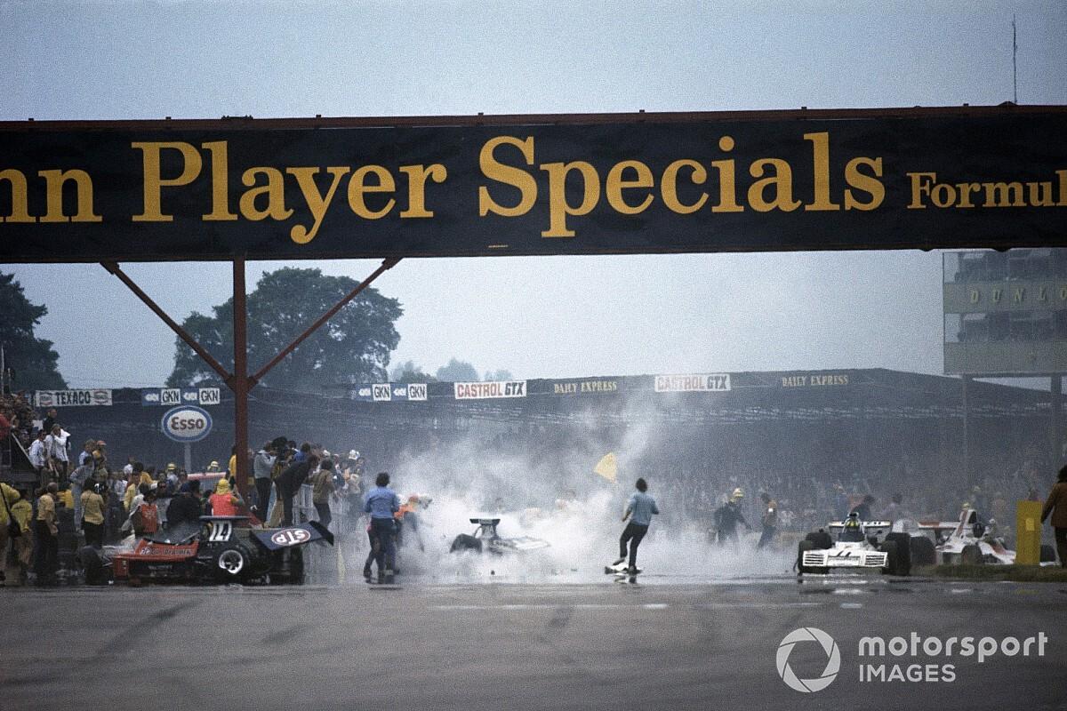 La intrahistoria del brutal accidente múltiple de Silverstone 73