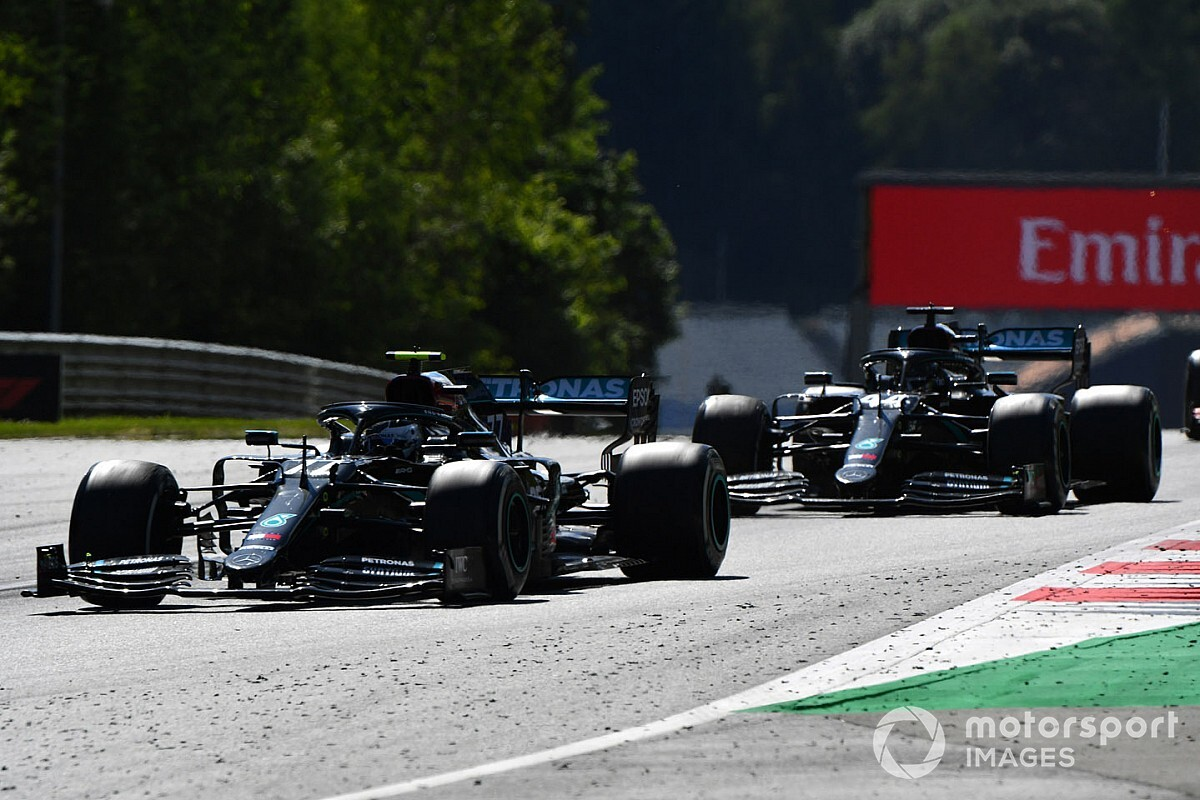 Retroscena Mercedes: errore del team su Hamilton!
