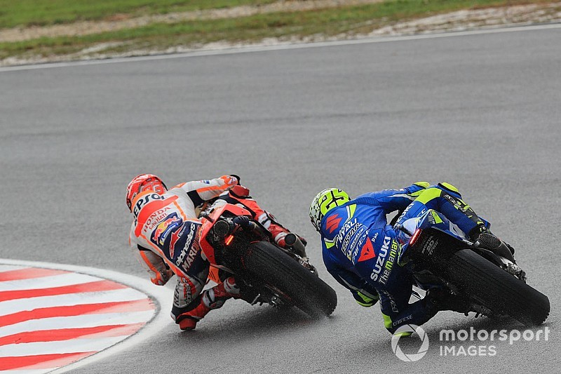 "Iannone's crash an ""instinctive reaction"" to Marquez slide"