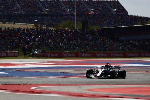 """Hamilton nam geen risico bij Verstappen: """"Gaf hem veel ruimte"""""""