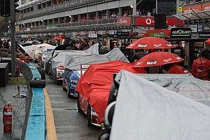 Воскресную гонку Supercars отменили из-за плохой погоды