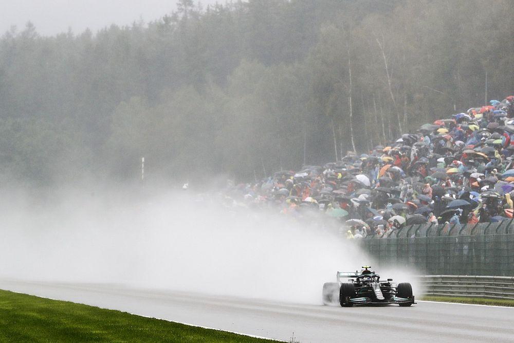 Start Belgische Grand Prix uitgesteld wegens hevige regenval
