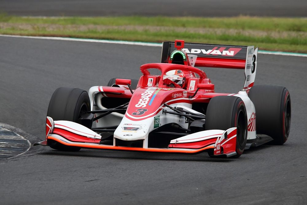 Five races, no points: What's going on with Kenta Yamashita?