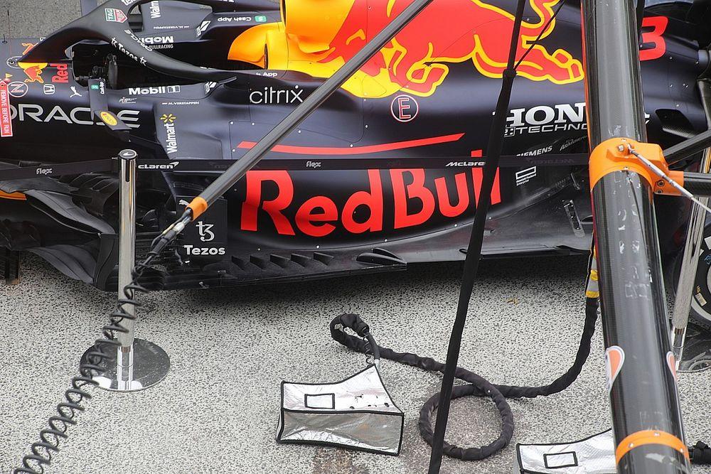 Red Bull: convogliatore di flusso verso il taglio del fondo