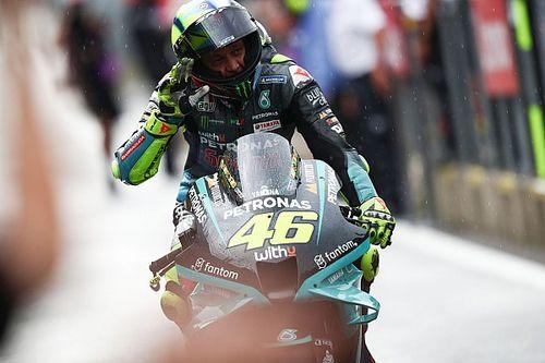 MotoGP: Rossi fica perto de 200º pódio da carreira na Áustria, mas comemora oitavo lugar