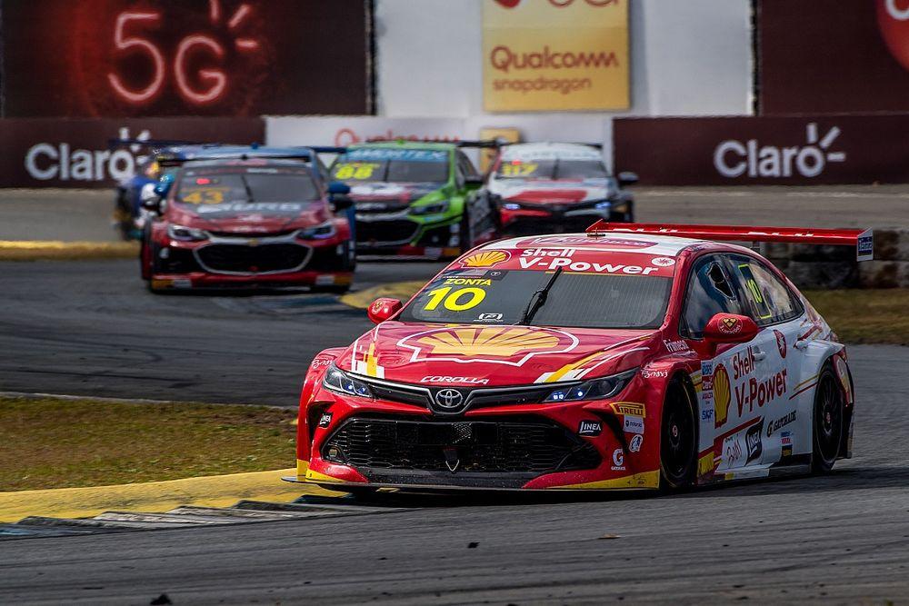 Stock: Ricardo Zonta se recupera na corrida 2 em Curitiba