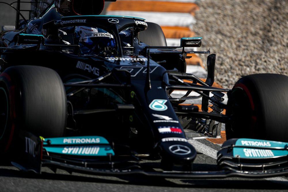 Mercedes Tak Tertinggal Jauh dari Red Bull