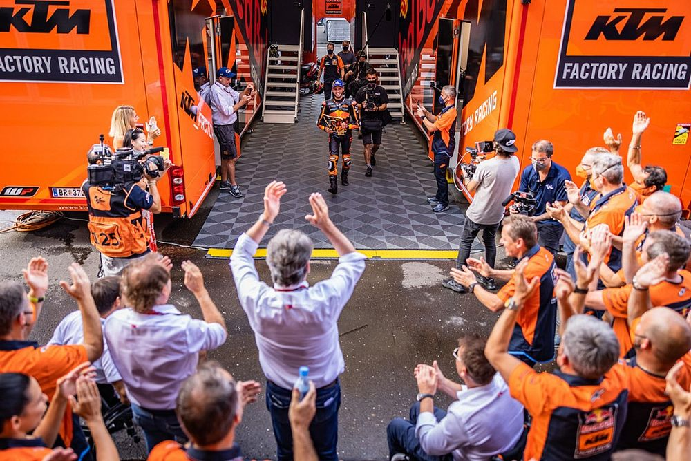 KTM Angkat Topi dengan Cara Brad Binder Ambil Keputusan