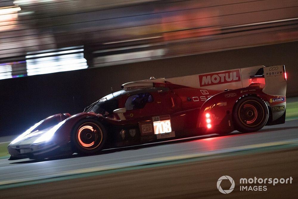 Le Mans, 8a Ora: Alpine sbaglia, Glickenhaus terza
