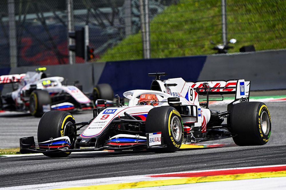 """Mazepin se plaint d'une Haas """"très lourde"""" par rapport à Schumacher"""