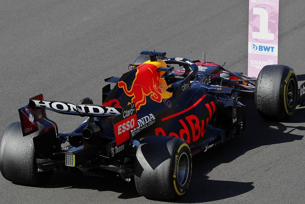 СМИ: Mercedes нашла у Ферстаппена «лишний» 1 км/ч
